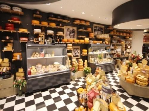 Complete verbouwing van een kaaswinkel